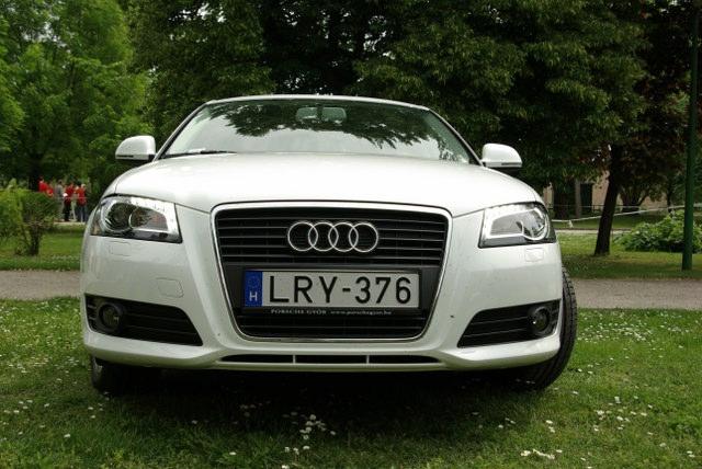 Audi arculat LED-es menetfénnyel